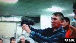 """""""Бонатти"""" компаниясында еңбек ететін қазақстандық жұмысшылар талаптарын алға тартуда. 1 желтоқсан 2008 ж."""