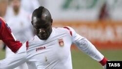 Ганский полузащитник команды «Уфа» Эммануэль Фримпонг.