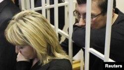 Ірина та Юрій Луценки під час оголошення вироку