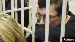 Юрий Луценко, суд в Киеве, 27 февраля 2012