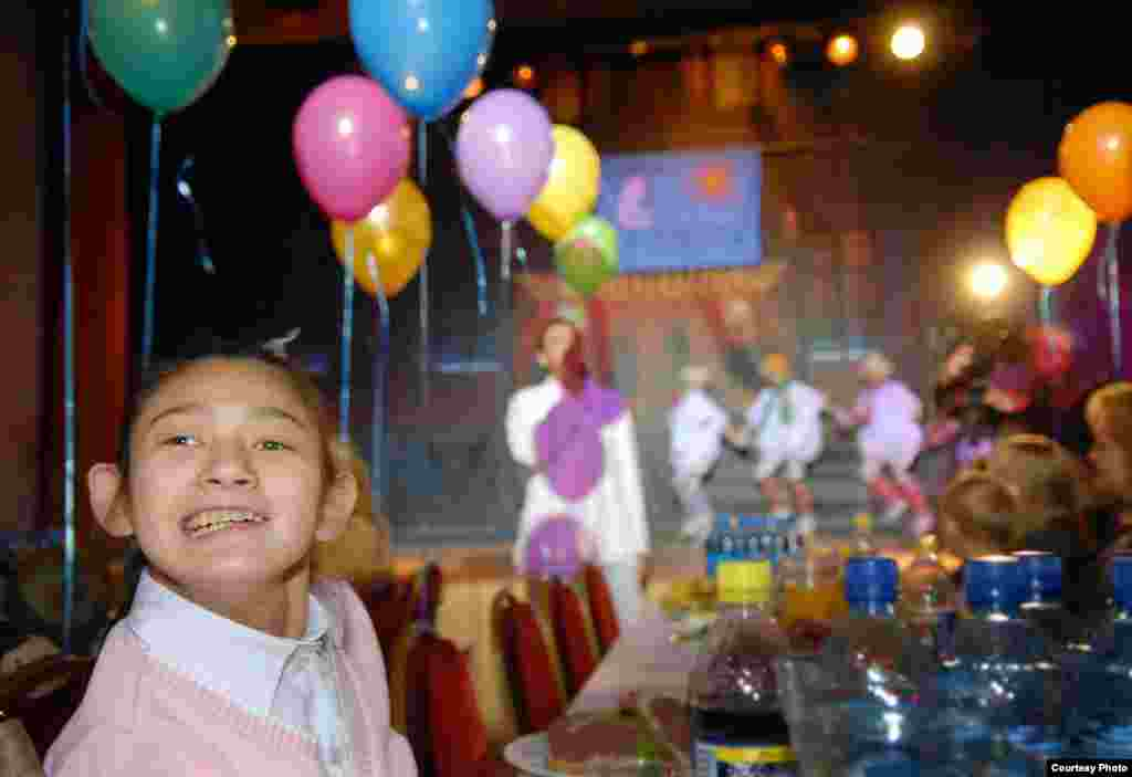 A special New Year's party for disabled and orphaned children at a St. Petersburg club in 2007