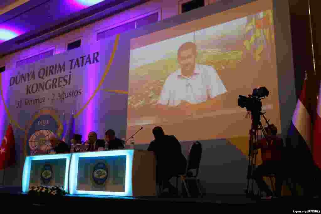 Видеообращение к конгрессу Заира Смедляева