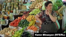 Нагорный Карабах - рынок Степанакерта