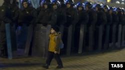 Усиление мер безопасности на Пушкинской площади 6 декабря 2011 года