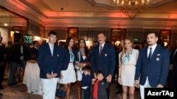 Londonda keçirilən XXX Olimpiya Oyunları ərəfəsində Azərbaycan hökuməti «Azərbaycan Günləri» adlı tədbirdən çəkilmiş foto