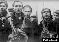 Кронштадтские моряки во время восстания 1921 года.