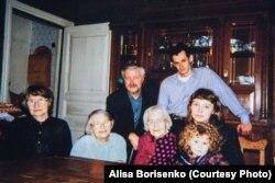 Большая семья Худяковых и Борисенко.