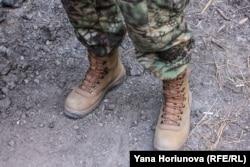 Нові українські берці на бійці 72 окремої механіхованої бригади
