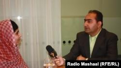 Malala Yousafzai gjatë intervistës me gazetarin Abdul Hai Kakar