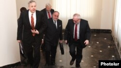 Armenia -- OSCE Minsk Group co-chairs arrive at the Foreign Ministry in Yerevan, 21Mar2013.
