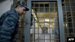 Правозащитники заявляют, что располагают информацией о том, что Джалилов был избит с ведома администрации изолятора