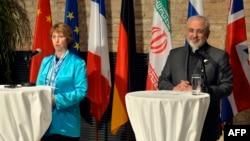 Шефот за надворешна политика на ЕУ, Кетрин Ештон и иранскиот министер за надворешни работи Мохамад Џавад Зариф.