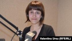 Anastasia Deleanu în studioul Europei Libere