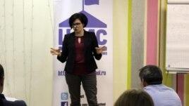 Наталья Шавшукова на занятии Школы местного самоуправления