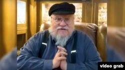 """Автор серии книг """"Песнь льда и пламени"""" Джордж Мартин благодарит фанатов из Якутии"""