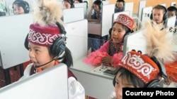 Казахские дети в Китае. Фото с блога Меиржана Ауельхана, проживающего в Китае.