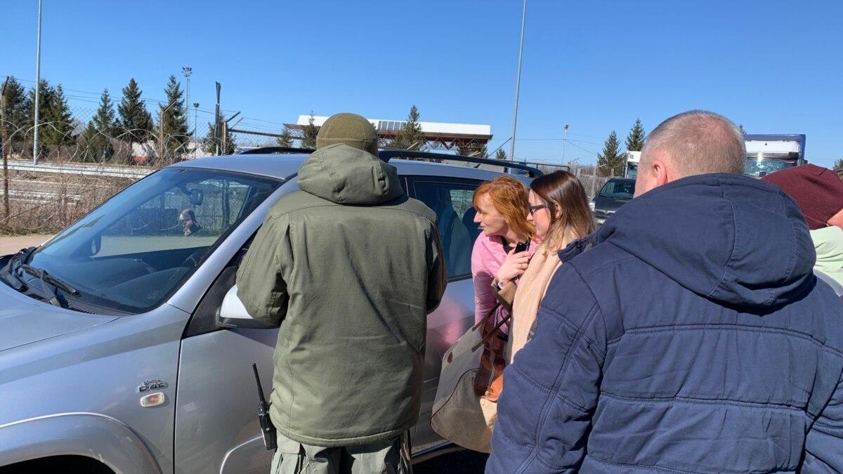 Во Львовской области на украинско-польской границе очередей из легковых автомобилей нет €? ГНСУ