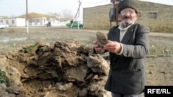Neftçalanın Yeni Qışlaq kəndinin sakinləri hələ ki, inəklərə minnətdardırlar.