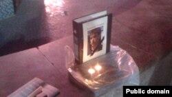 Жаңаөзен ісі бойынша куәгер болған Александр Боженконы еске алу шарасында қойылған марқұмның суреті. Қарағанды, 17 қазан 2012 жыл.