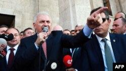 نخستوزیر ترکیه گفته حزب حاکم و احزاب مخالف دولت در تغییر قانون اساسی«همکاری خواهند کرد»