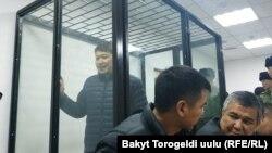 Сапар Исаков в зале суда. 2019 год