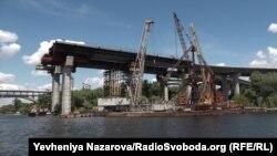 Недобудований міст через Дніпро в Запоріжжі