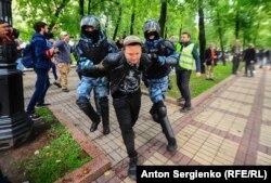 Затриманий на акції протесту в Москів, 10 серпня 2019 року