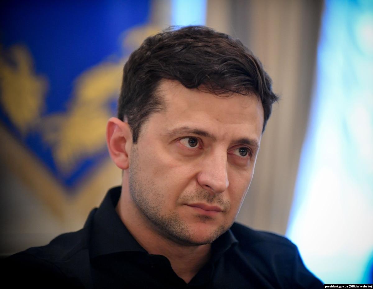 Зеленський прийде на засідання Конституційного суду, який розглядатиме указ про розпуск Ради
