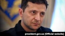Як зазначив Зеленський, йому б хотілося, щоб всі українські політв'язні «зустрічали Новий рік вдома»