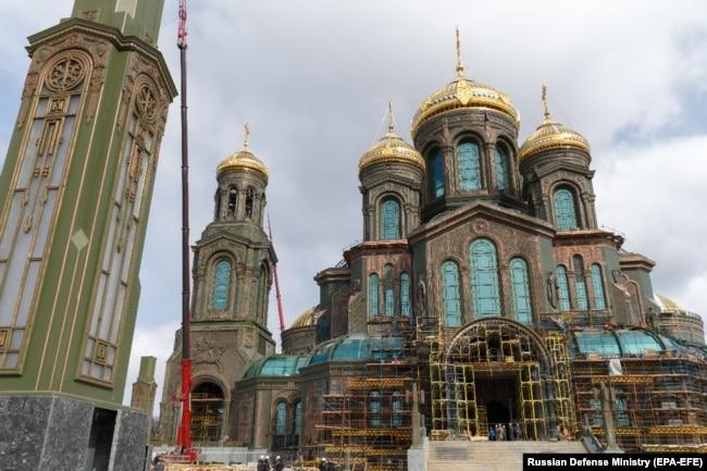 Будівництво головного храму Збройних сил Росії на території військово-патріотичного парку «Патріот». Московська область, 22 квітня 2020 року