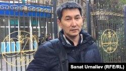 Лукпан Ахмедьяров, журналист газеты «Уральская неделя».
