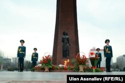 Площадь Победы в Бишкеке. Архивное фото.