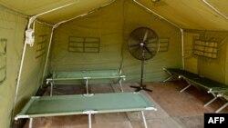 یکی از چادرها در اردوگاه جزیره مانوس