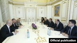 Фотография - пресс-служба правительства Армении