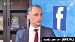 Айк Петросян в студии «Азатутюн ТВ», 27 июня 2017 г.