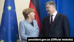 Angela Merkel și Petro Poroșenko la Berlin