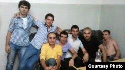 Կարապի լճի միջադեպի հետո բերման ենթարկված ՀԱԿ յոթ ակտիվիստները, 9 օգոստոսի, 2011թ.