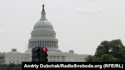 Vodeći članovi Republikanske partije pridružili su se pozivima za detaljnu istragu protiv Majkla Flina