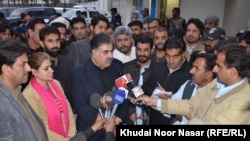 FILE: Nawab Sanaullah Zehri speaking to the media in Quetta, Balochistan