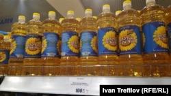 Самое дешевое подсолнечное масло в магазине в Москве