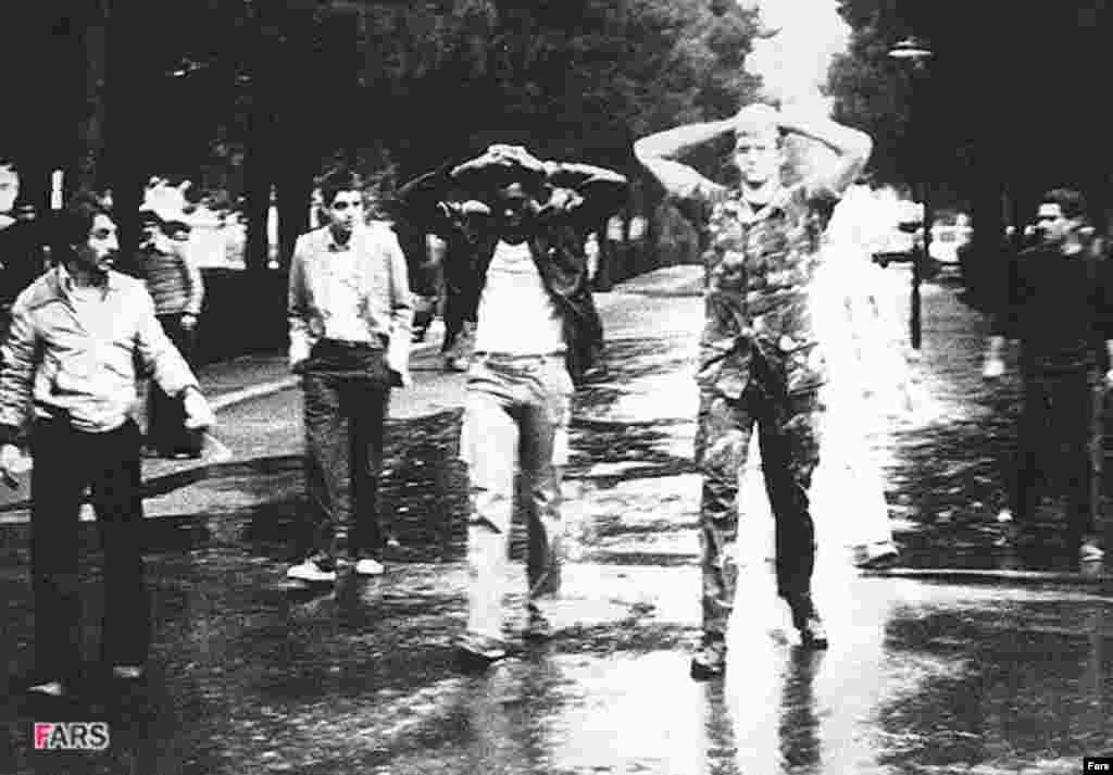Тегерандагы америкалык туткундар. 1979-жылдын аягы.