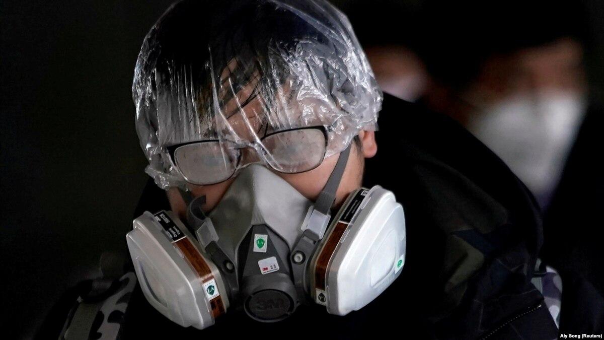 Китай: количество умерших от коронавирус перевалило за тысячу