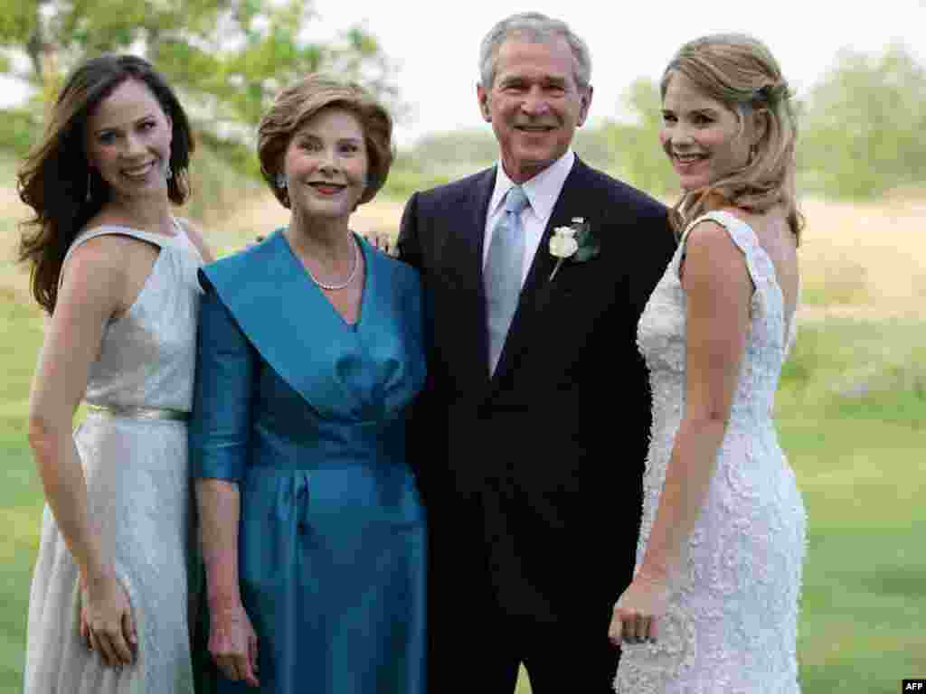 Bush's family - Official White House photograph released on May 11, 2008, shows U.S. President George W. Bush and Laura Bush posing with daughters Jenna (right) and Barbara (left) on May 10, 2008, at Prairie Chapel Ranch in Crawford, Texas, prior to the wedding of Jenna and Henry Hager.