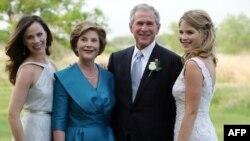 Теперь Джордж Буш может посвятить себя семье