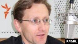 Belarus - Ales Lahvinets, political analyst, 11Feb2008