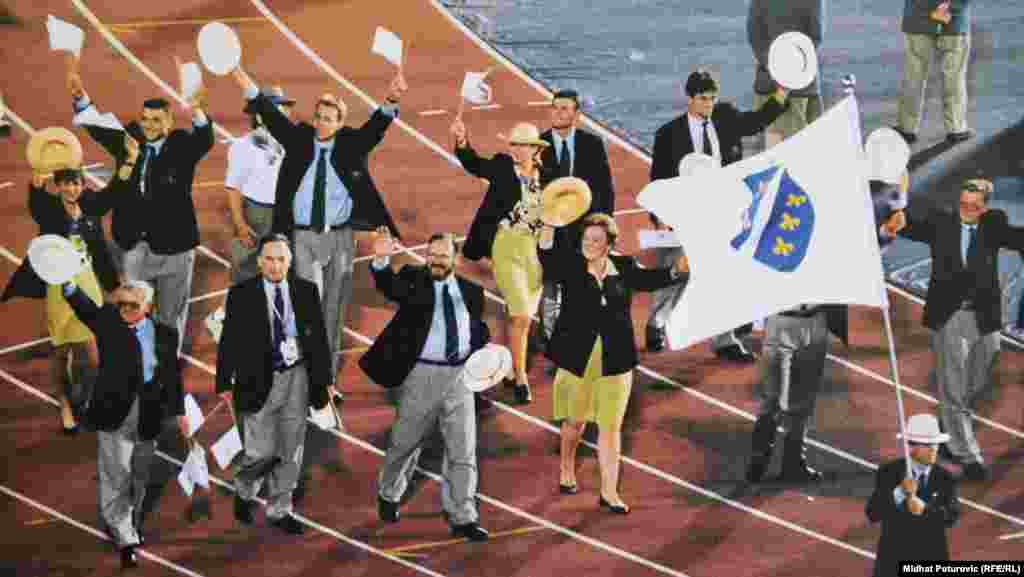 When a small delegation of athletes from Bosnia-Herzegovina managed to make it to the Barcelona Games and march behind their national flag in 1992, it was an emotional moment for the fledgling country at what was a very difficult time.