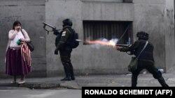 Policija ispaljuje suzavac na pristalice predsjednika Eva Moralesa u La Pazu