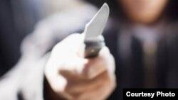 Kyrgyzstan - Man threatening with pocket knife, school, fighting, generic, undated