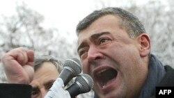 Уже завтра станет ясно, каким протестным потенциалом располагают оппоненты Михаила Саакашвили