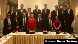 Участники мероприятия в рамках двухдневного заседания Совета министров ОБСЕ в Вене